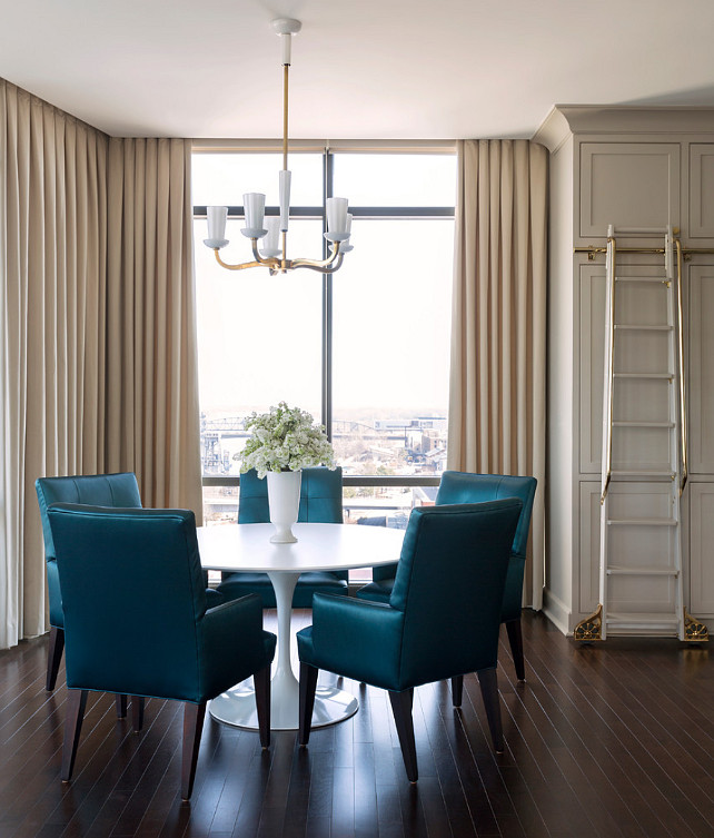 CREATING A FORMAL DINING SPACE