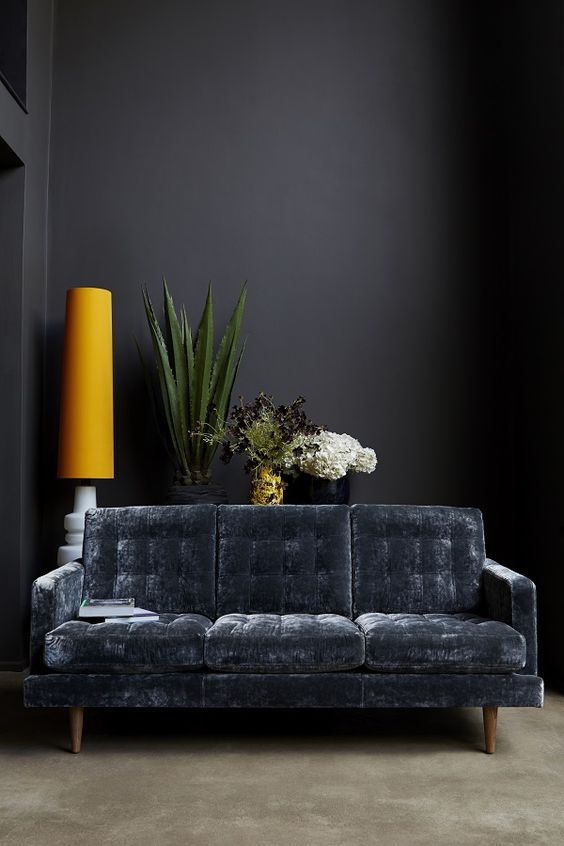 Ten Rooms That Rock Dark Walls Rose And Grey