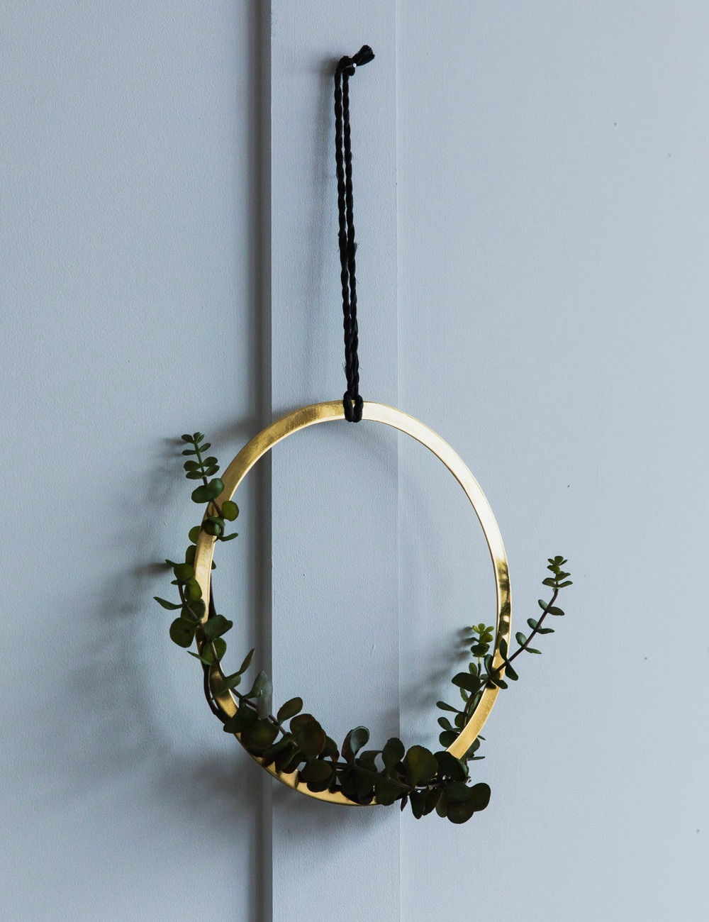 Gold Hanging Ring Decoration