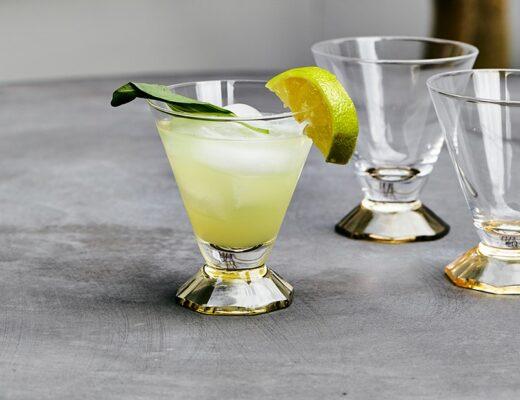 Summer Cocktails to Enjoy in your Garden | Rose & Grey